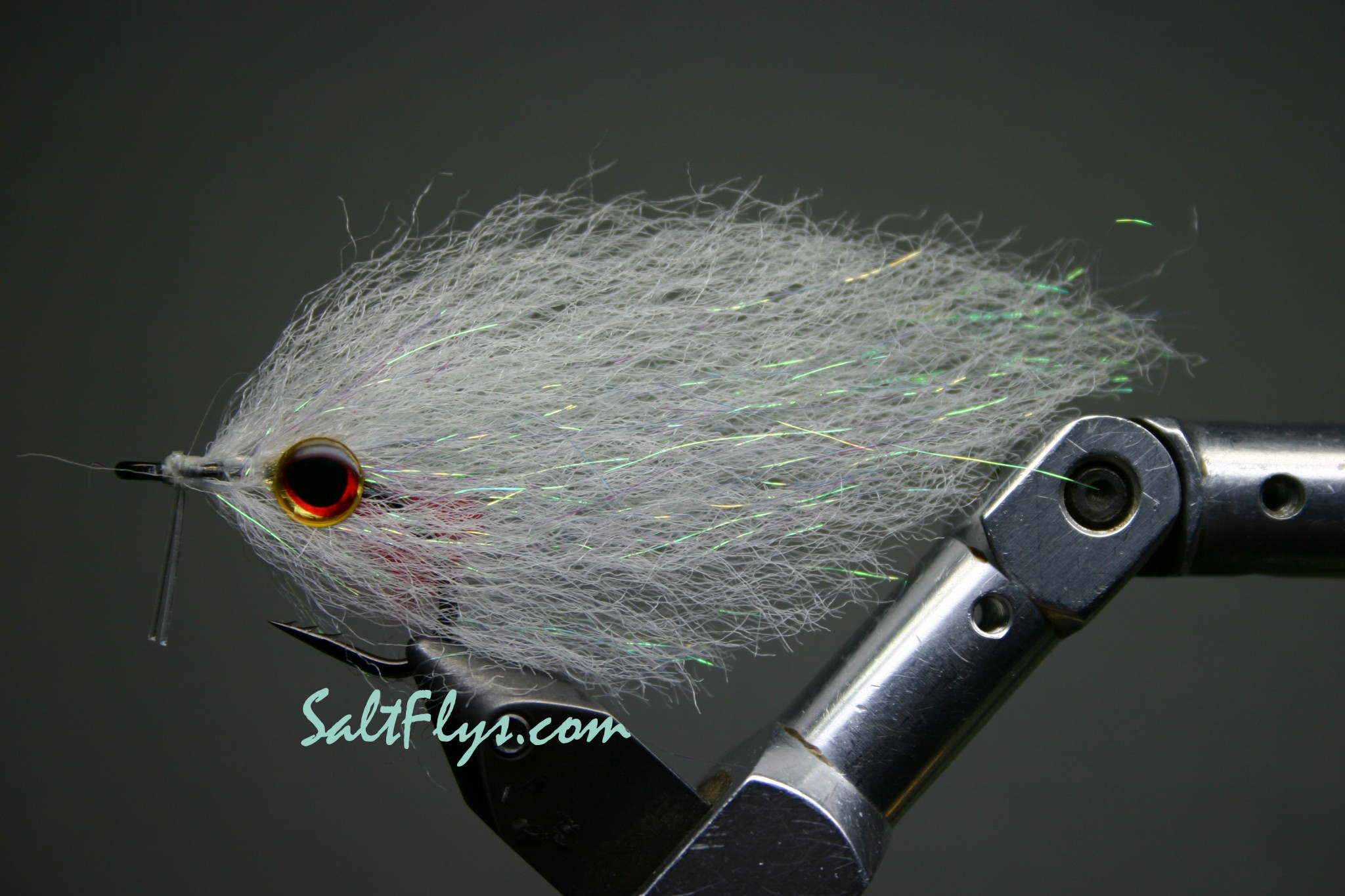 EP Fiber Glo-In-The-Dark Deceiver Fly
